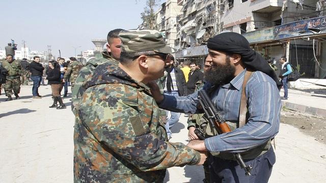 مراسلنا: توقيع اتفاق مصالحة بين المجموعات المسلحة والجيش السوري جنوب دمشق