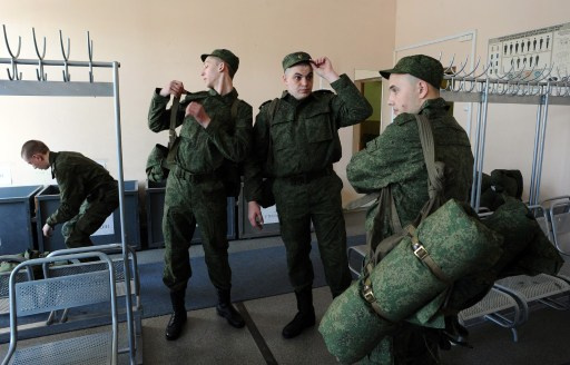 رئيس الأركان الروسية: 8 يونيو/حزيران سننتهي من سحب القوات والمعدات على الحدود مع أوكرانيا