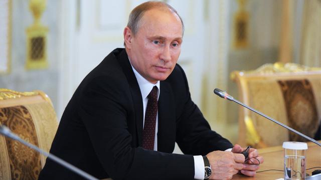بوتين: مصلحتنا أن يكون هناك استقرار سياسي في اوكرانيا لكننا نشهد صراعا حقيقيا فيها