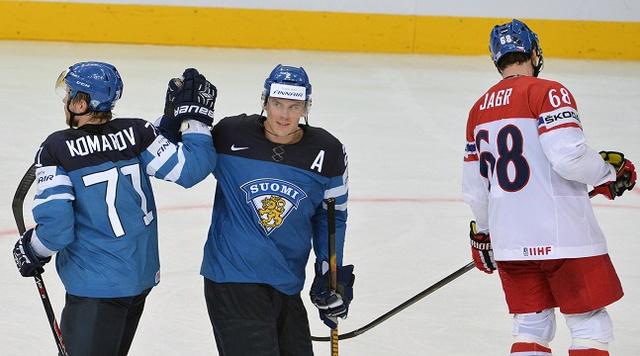 فنلندا تضرب موعدا مع روسيا في نهائي كأس العالم لهوكي الجليد