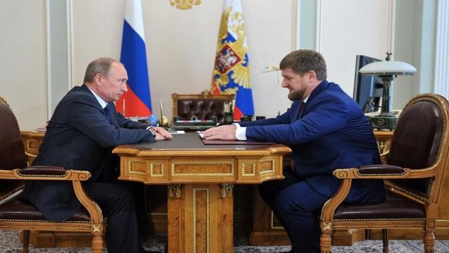 بوتين يوجه برقية شكر لقاديروف لجهوده في إطلاق سراح الصحفيين الروسيين