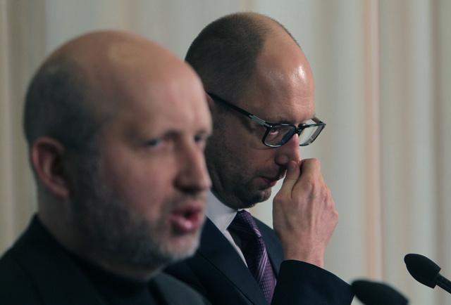 تورتشينوف يصف الانتخابات الأوكرانية بالشفافة.. وياتسينيوك لا يستعجل بتهنئة بوروشينكو