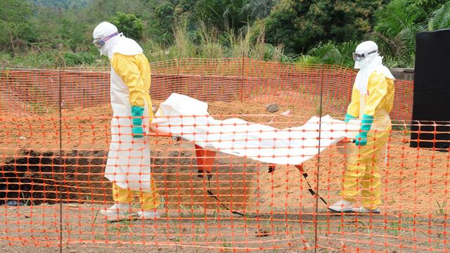حمى إيبولا تنتقل إلى سيراليون