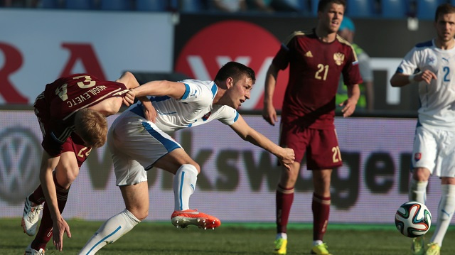 روسيا تفوز على سلوفاكيا بهدف وحيد ودياً