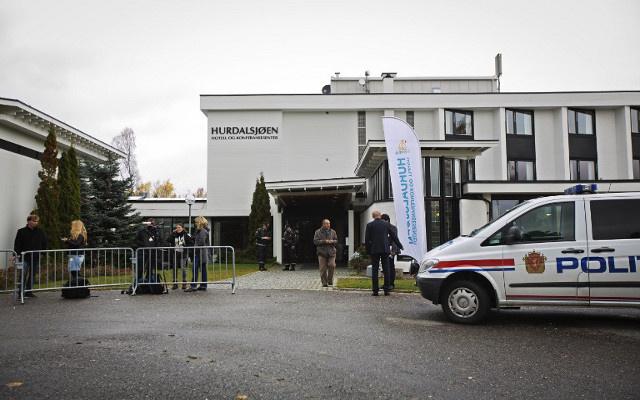 الشرطة النرويجية تعتقل ثلاثة لتقديمهم العون لمنظمة تابعة للقاعدة في سورية