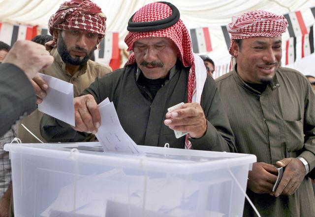 السوريون بالخارج يدلون بأصواتهم في الانتخابات الرئاسية (فيديو)
