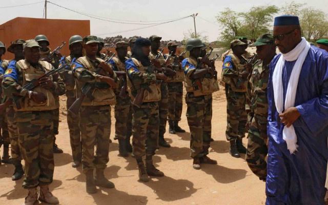 تعيين وزير دفاع جديد في مالي