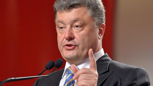 بوروشينكو: أوكرانيا تحتاج إلى مساعدات عسكرية أمريكية فورية