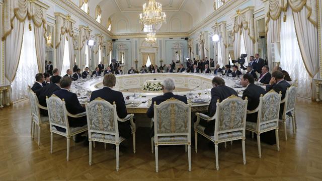 عقود بقيمة 11.5 مليار دولار خلال منتدى بطرسبورغ الاقتصادي الدولي