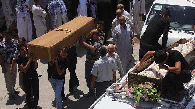 ارتفاع حصيلة قتلى تفجيرات الأربعاء في العراق إلى 74 شخصا