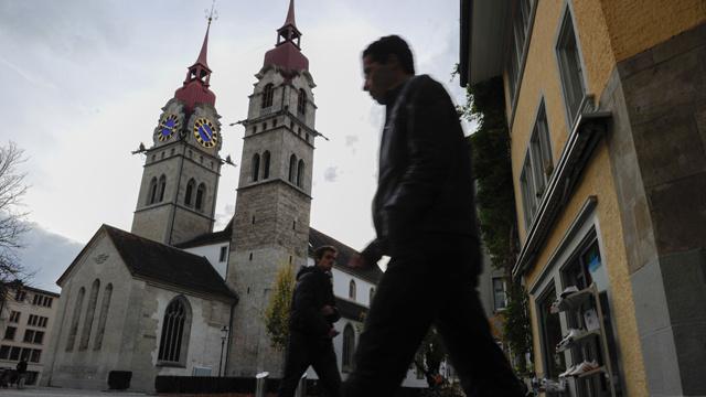 سويسرا...متقاعدان يسرقان الكنائس طلبا للإثارة