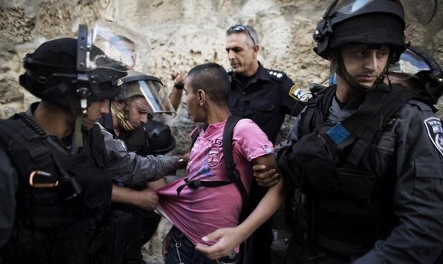 السلطات الإسرائيلية تمنع الرجال دون سن الـ45 من دخول الأقصى