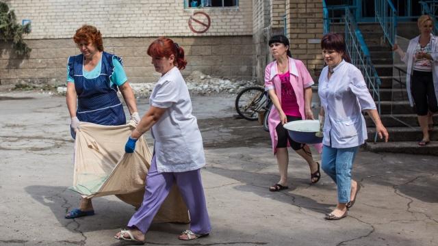 موسكو تدعو كييف لبحث اقتراح تقديم مساعدات إنسانية لأقاليم أوكرانيا الشرقية