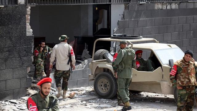 مقتل شخص وإصابة اثنين آخرين في اشتباكات ببنغازي