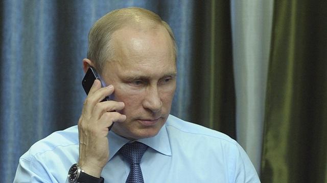 بوتين يهنئ السيسي بالفوز في انتخابات الرئاسة المصرية