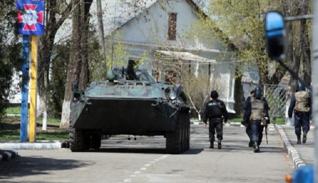 كييف تؤكد مقتل 9 من عسكرييها أثناء العملية الأمنية في شرق أوكرانيا