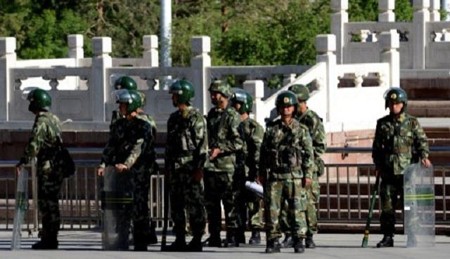 اعتقال 5 من عناصر جماعة إرهابية في منطقة شينجيانغ الصينية