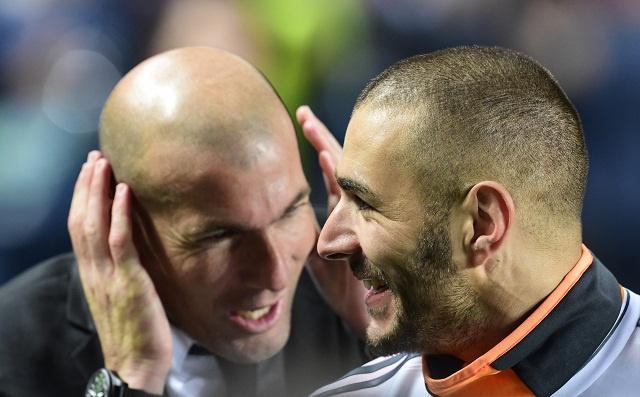 كريم بنزيمة يشيد بكريستيانو رونالدو وكارلو أنشيلوتي ويؤكد سعادته في ريال مدريد - RT Arabic