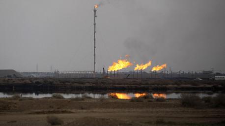 شركة نفط روسية تؤكد عدم نيتها إجلاء عمالها من العراق حاليا