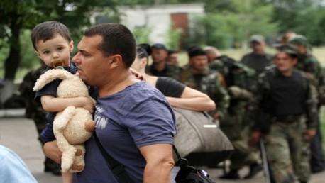 وزير الطوارئ الروسي: أكثر من 200 نقطة نشرت قرب الحدود مع أوكرانيا لاستقبال اللاجئين