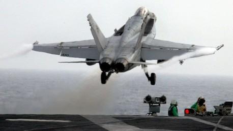 الطيران الأمريكي يبدأ استطلاع أجواء العراق