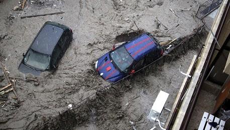 10 قتلى وعشرات المفقودين نتيجة فيضانات في بلغاريا