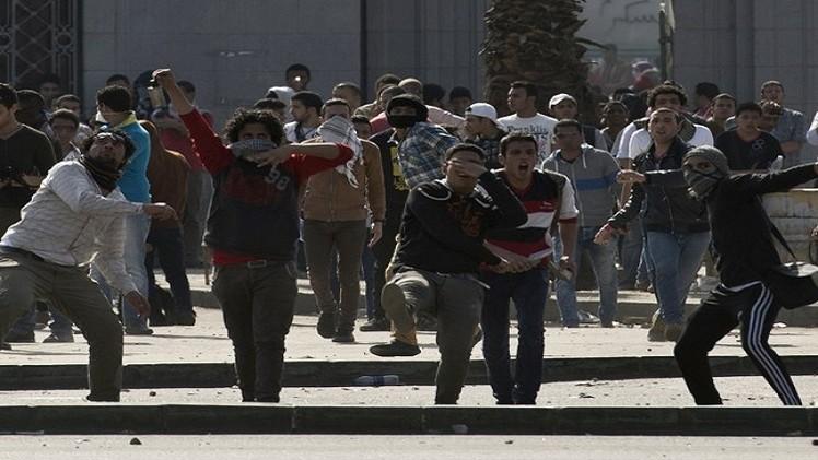قتيلان في اشتباكات بين أنصار الإخوان والأهالي في القاهرة