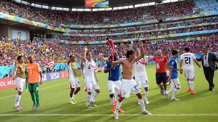 كوستاريكا تهزم إيطاليا وتبلغ دور الـ 16 لمونديال البرازيل
