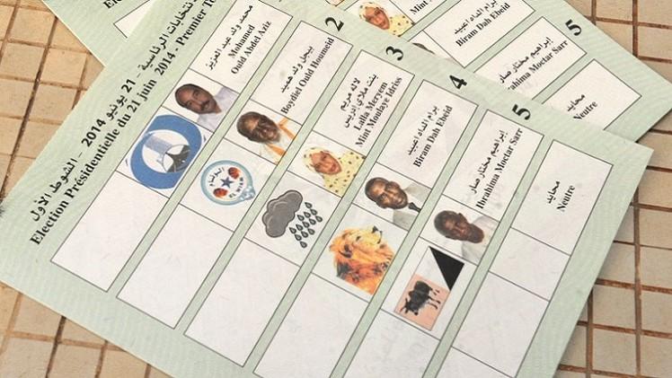 82 % من الناخبين الموريتانيين يجددون ولاية الرئيس محمد ولد عبد العزيز