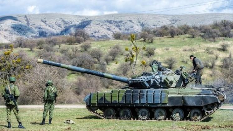 الدفاع الروسية: بوتين يأمر بتفقد مفاجئ وتأهب كامل لقوات المنطقة المركزية