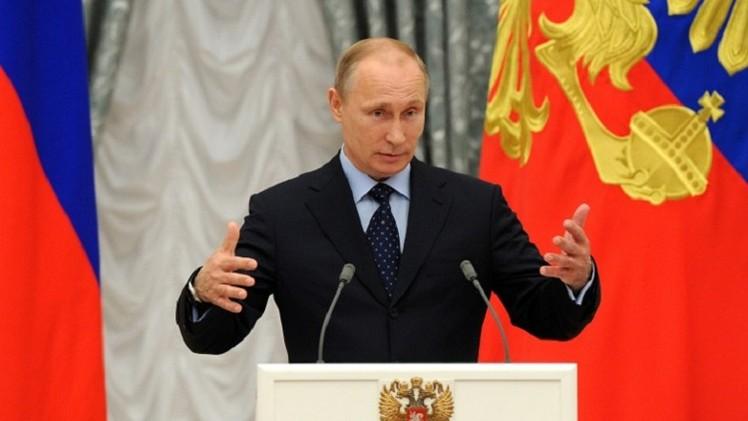 بوتين يؤيد قرار الرئيس الأوكراني  وقف إطلاق النار ويدعو طرفي النزاع للحوار