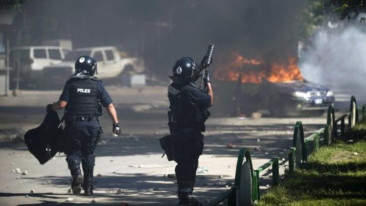 21 جريحا بينهم 13 شرطيا في اشتباكات شمال إقليم كوسوفو