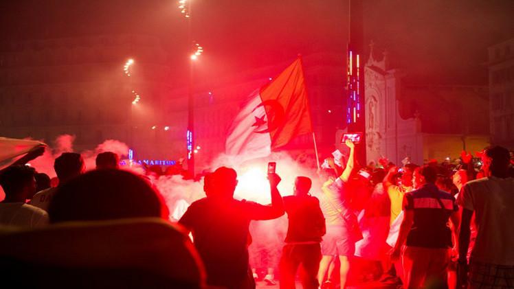 اعتقال 28 جزائريا بفرنسا  في أعمال شغب بعد لقاء كوريا الجنوبية