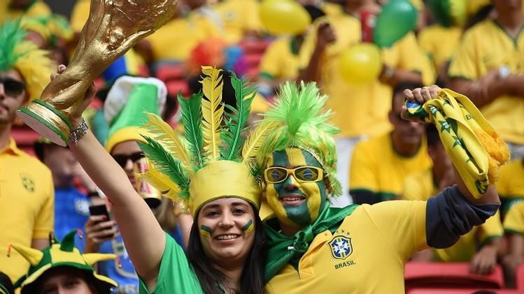 التشكيلة الرسمية لمباراة البرازيل والكاميرون