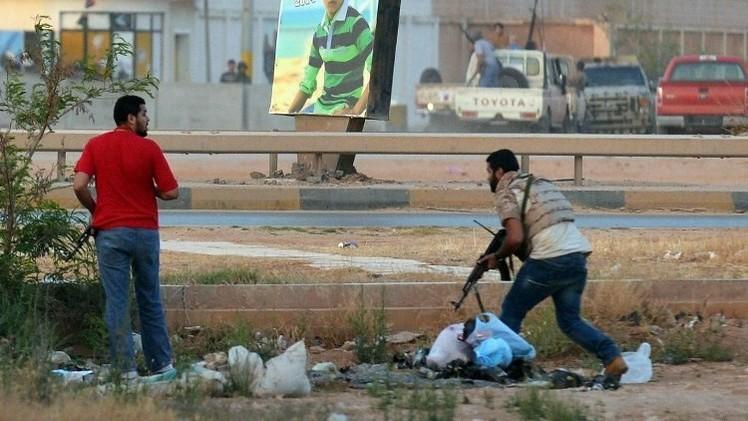 تركيا تجلي رعاياها في ليبيا بعد تهديدات حفتر
