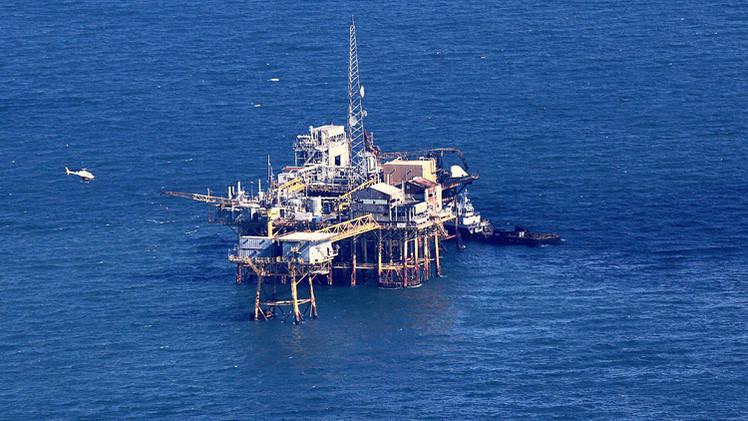 البيت الأبيض ينفي أنباء عن تخفيف الحظر المفروض على صادرات أمريكا من النفط