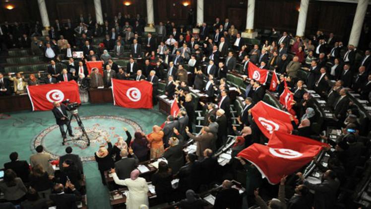 انتخابات تونس.. التشريعية في 26 أكتوبر والرئاسية بـ 23 نوفمبر