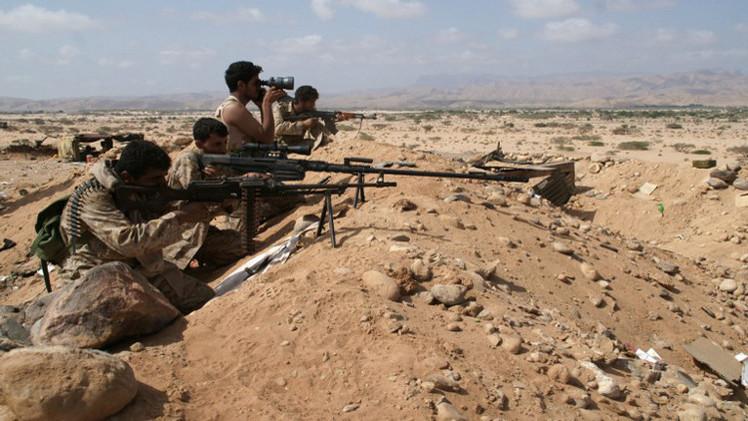 مقتل 13 مدنيا في مواجهات بين الحوثيين والجيش اليمني