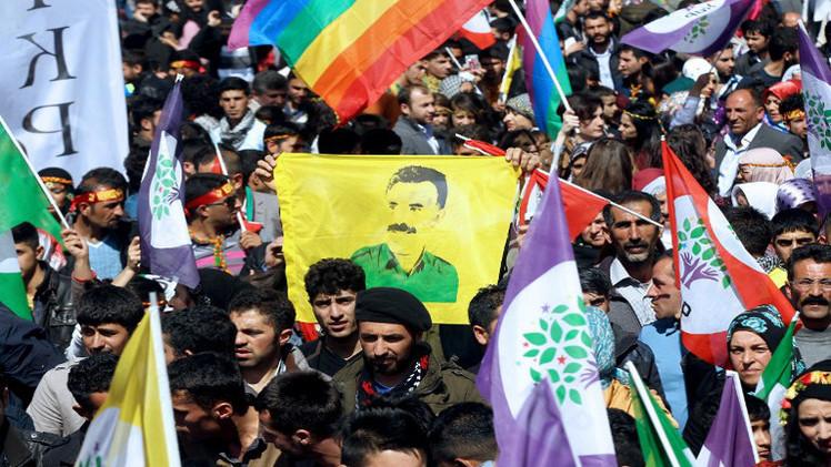 مشروع قانون تركي لاستئناف مفاوضات السلام مع الأكراد