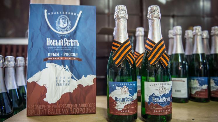 تشيجوف: موقف الاتحاد الأوروبي الرافض لانضمام القرم إلى روسيا لن يتغير