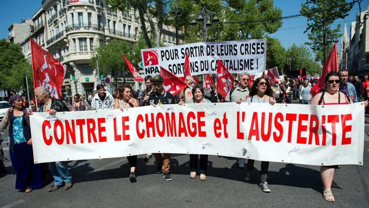 أكثر من ثلاثة ملايين عاطل عن العمل في فرنسا