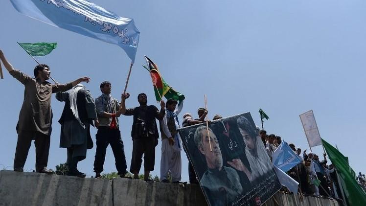 أنصار مرشح الرئاسة الأفغانية عبدالله عبدالله يحاصرون القصر الرئاسي في كابول