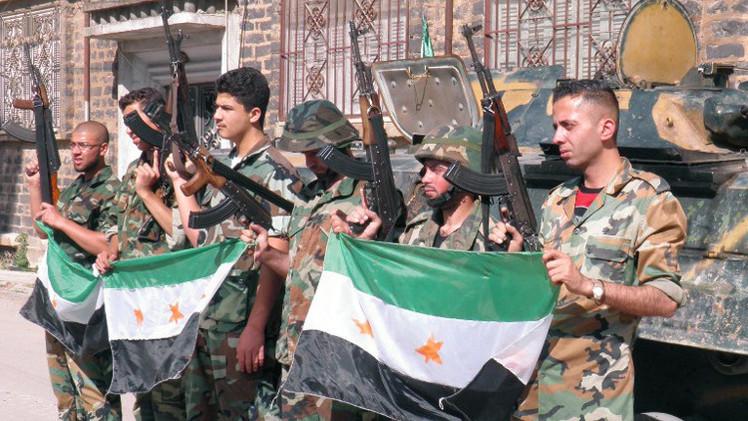 المعارضة السورية تقرر حل قيادة الجيش الحر بعد اتهامها بالفساد