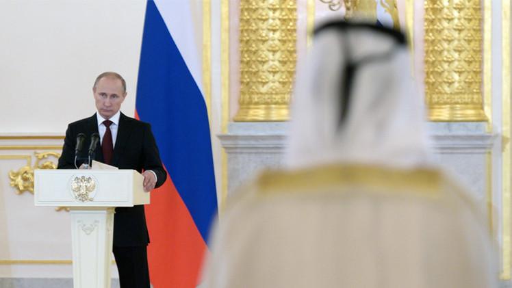 بوتين: روسيا ترغب بإحياء علاقاتها مع ليبيا في مجالي التجارة والطاقة