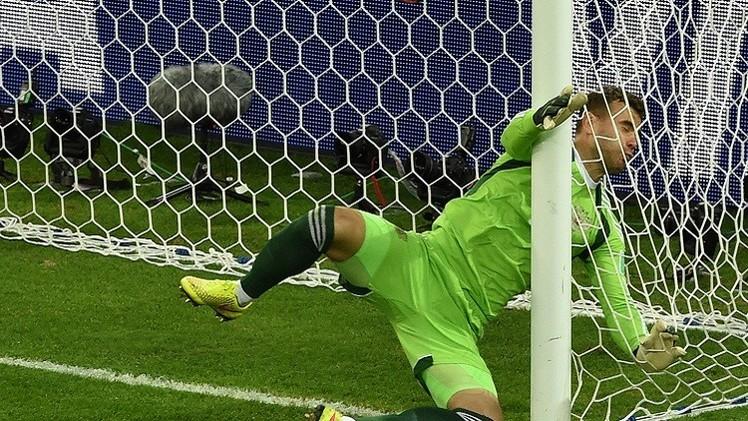 كابيلو يعتبر الليزر سبب تعادل روسيا أمام الجزائر في المونديال