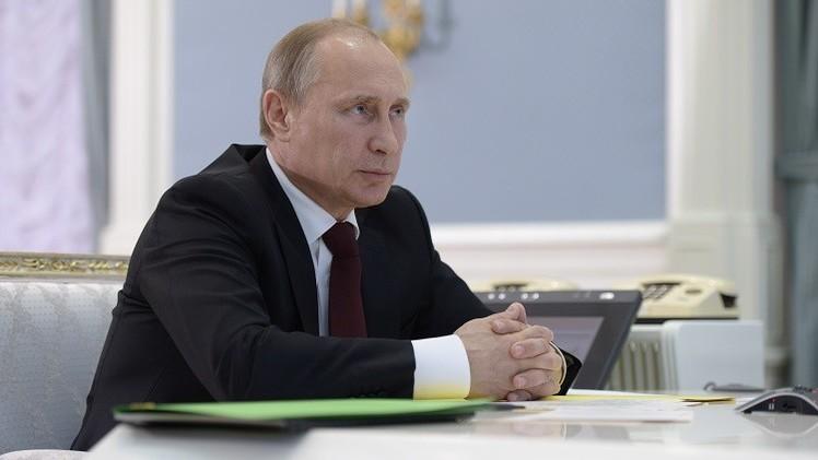 بوتين يجتمع إلى سفراء روسيا مطلع الشهر المقبل