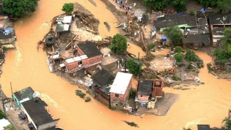 البرازيل.. إجلاء 50 ألف شخص من منازلهم بسبب الفيضانات