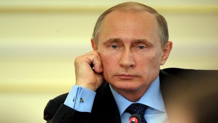 بوتين يجدد دعوة بوروشينكو لتمديد وقف إطلاق النار