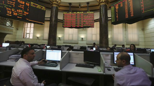 بعد خسارتها نحو 16 مليار جنيه.. تعديل قانون ضريبة البورصة في مصر