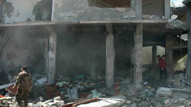 مراسلنا: مقتل 12 شخصا وإصابة العشرات جراء تفجير بريف حمص